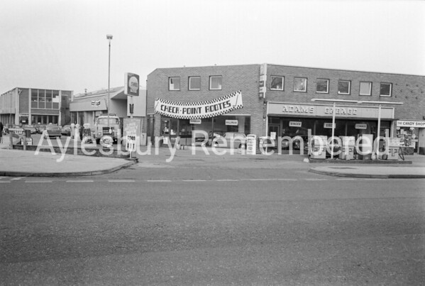 Adams Garage, Tring Road, c1968