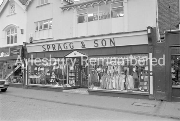 Spragg & Son closing down, Feb 1988
