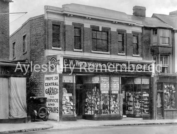 Woolworth Stores, High Street, 1932