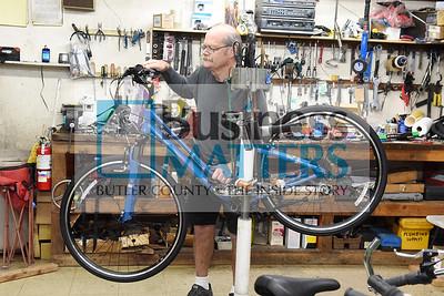 0601_Biz_Rapp_2 Jeff Rapp of Rapp's Bicycle Center
