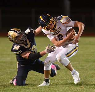 Knoch's 32 attempts to tackle Mars quarrterback #2 Friday, October 9, 2020. Harold Aughton/Butler Eagle.