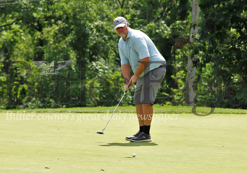 Robert Stoops watches his ball fall just short of the cup on the No. 12 hole at Sewickley Heights Golf Club during Tuesday's final round of the Pittsburgh Open. Stoops was tied for the lead on the back 9. He finished fourth. Seb Foltz/Butler Eagle