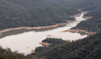 Lake Oroville continues to rise seen here during a PG&E  flight looking for drought-stricken trees in the Oroville foothills Wednesday, Jan. 25, 2017. (Bill Husa -- Enterprise-Record)