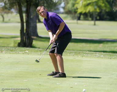Oroville High's Garrett Gramps during the Butte View golf meet Wednesday April 6, 2016 at Table Mountain Golf Course in Oroville, Calif. (Emily Bertolino -- Enterprise-Record)