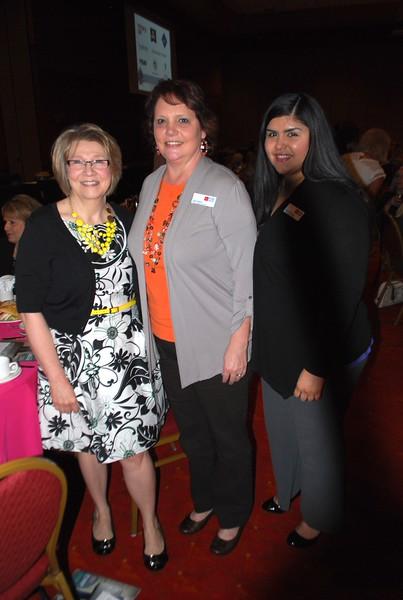 Teresa Bedwell, Julie Skach, Msyna Quintana