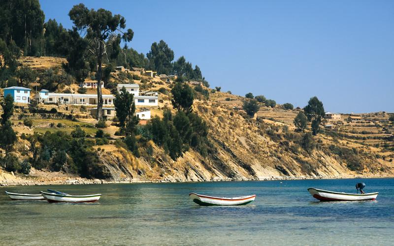 Isla del Sol Boats