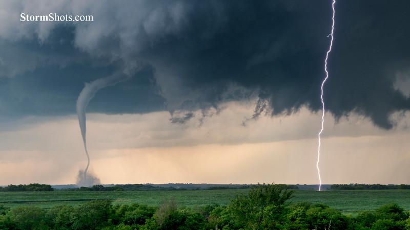 Iowa Tornado and Lightning