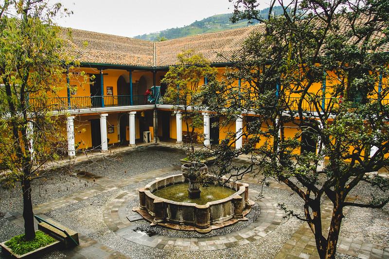 Colonial Interior Garden Square