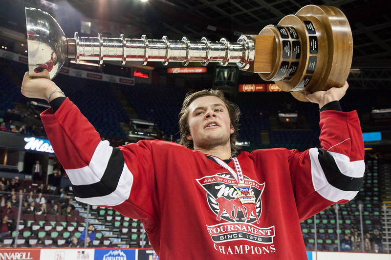 """Mac's AAA Midget Tournament Male Division Finals. The NW Midget AAA Flames (Calgary, AB) won the male division final over the Lloydminster Bandit Pipeline Bobcats (Lloydminster, AB/SK). January 1, 2016.  <a href=""""http://www.laine.ca"""">http://www.laine.ca</a>"""