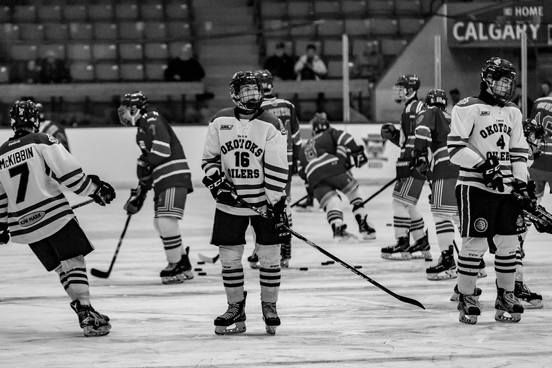 December 26, 2018 - Calgary, AB - Game 01 - Game action between the Okotoks Bow Mark Oilers and the St. Albert Nektar Data Systems Raiders.