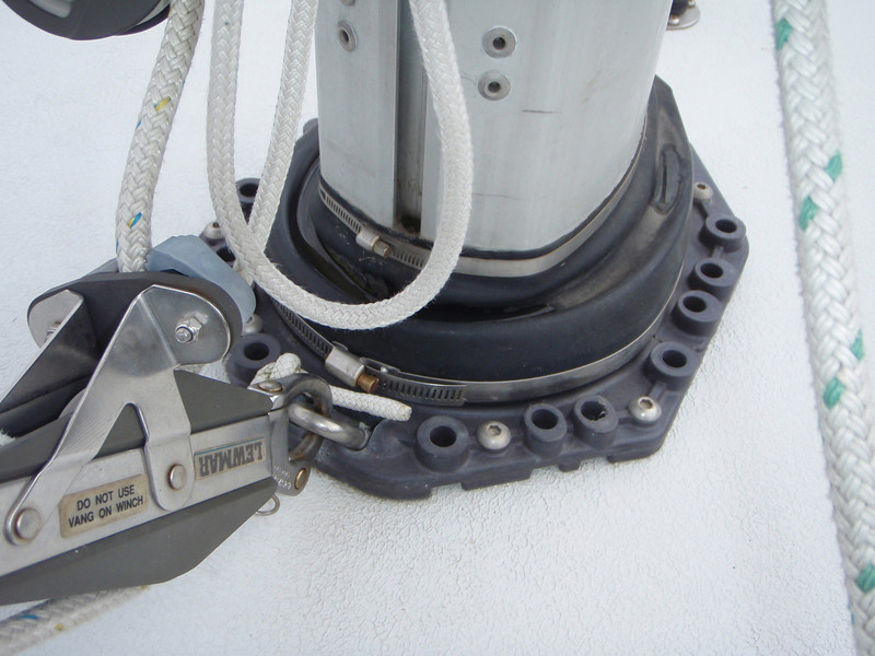 mast boot