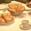чай с вареньем и выпечкой 1958г в фильме Отличница.