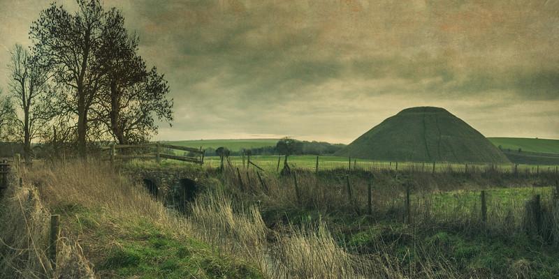 River Kennet and Silbury Hill, Near Avebury, WIltshire, UK