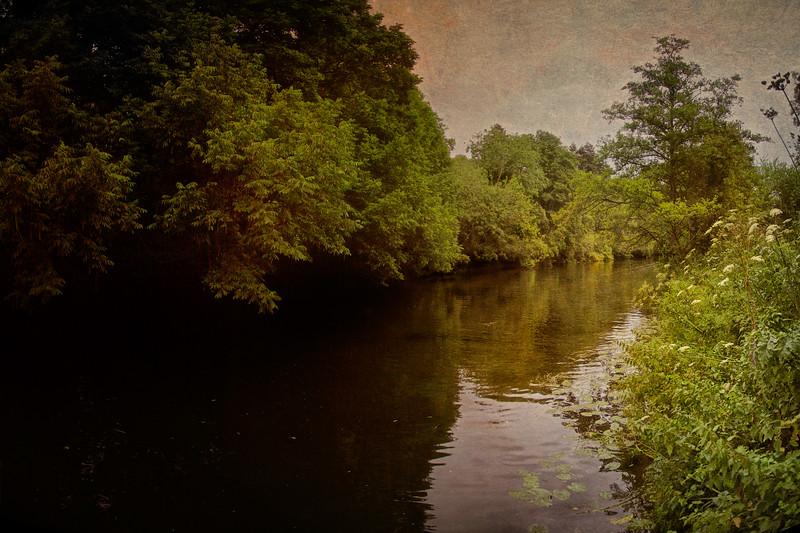 The River Avon at Barton Farm Country Park