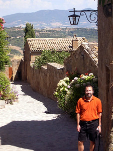 Joe in the town of Civita Bagnoreggio.