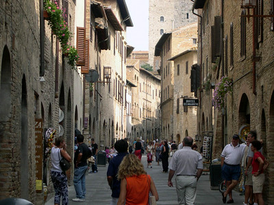 Via San Giovanni, the main thoroughfare in San Gimignano.