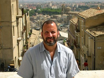 Joe in Caltagirone at the top of La Scala di Santa Maria.