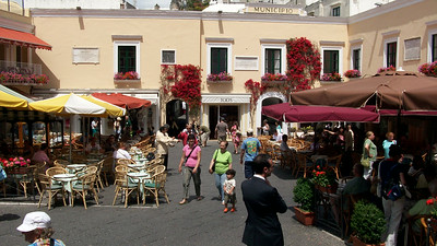 Piazza Umberto in Capri - prime spot for people-watching.