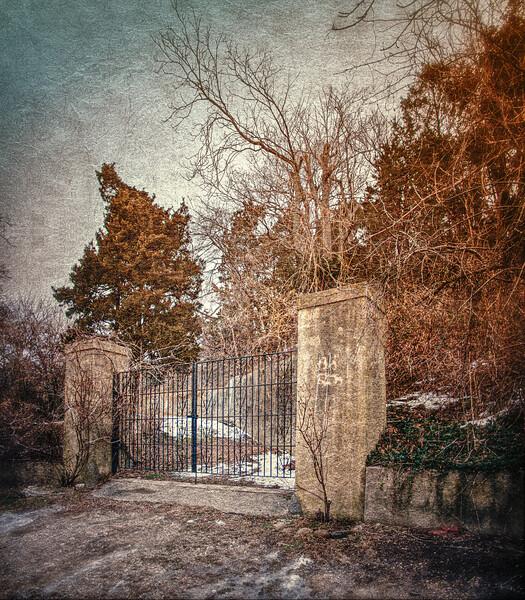 Gates of Ferguson's Castle