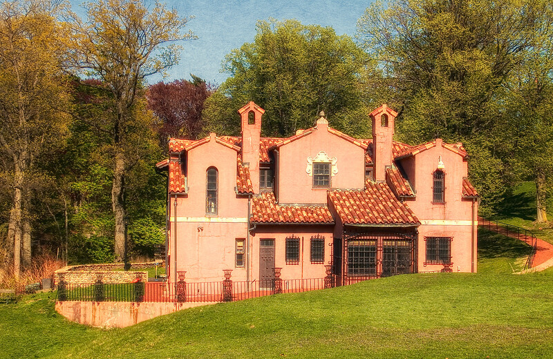 Gold Coast Architecture: Gatehouse, The Eagle's Nest, Long Island Home of William K. Vanderbilt, Centerport, Suffolk County, NY