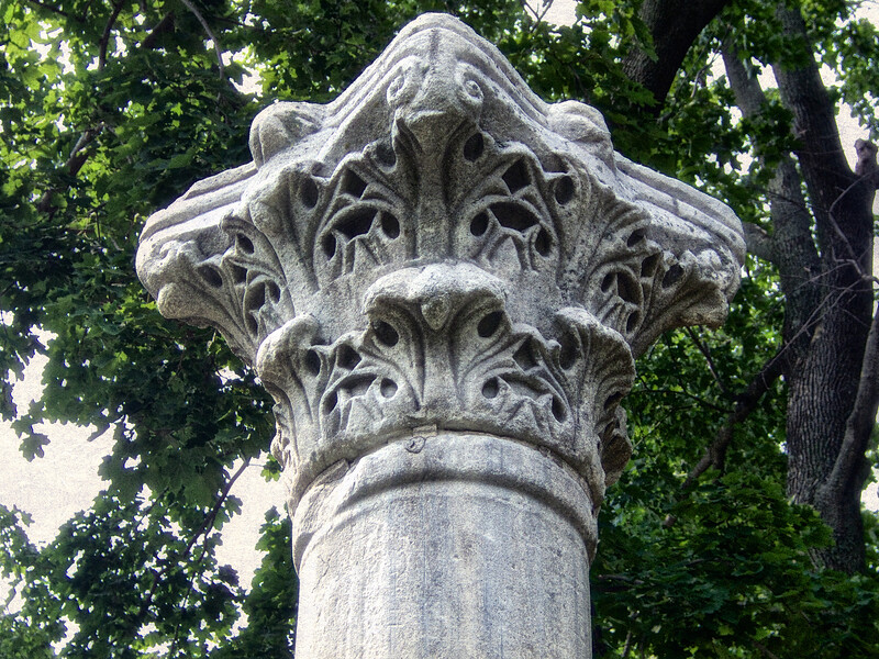 Gold Coast Architecture: Column from Ancient Carthage, The Eagle's Nest, Long Island Home of William K. Vanderbilt, Centerport, Suffolk County, NY