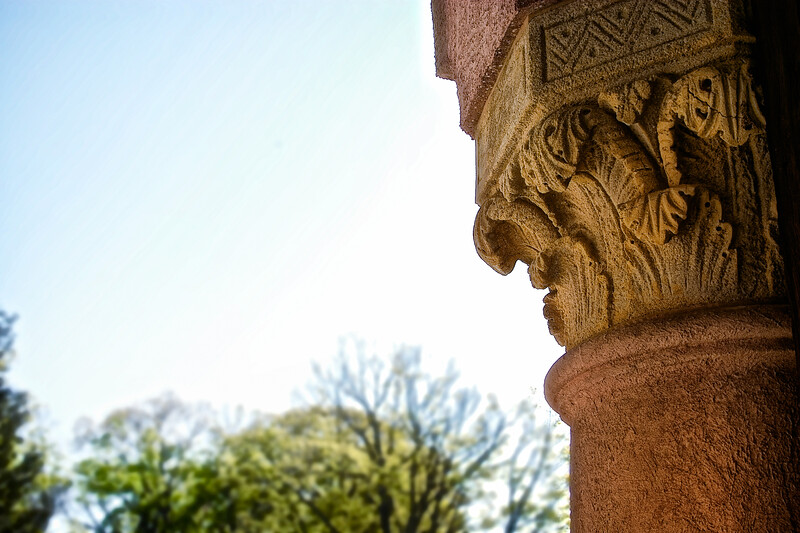 Gold Coast Architecture: Details of Column, The Eagle's Nest, Long Island Home of William K. Vanderbilt, Centerport, Suffolk County, NY