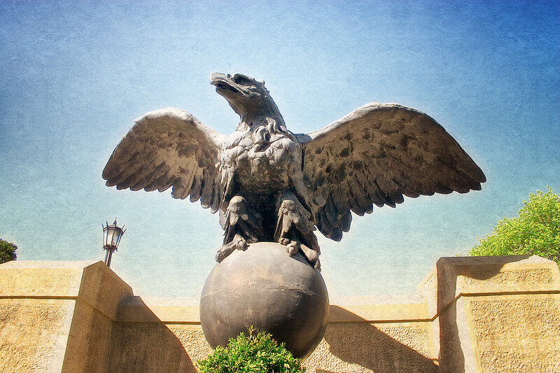 Gold Coast Architecture: Eagle from the Original Grand Central Station, The Eagle's Nest, Long Island Home of William K. Vanderbilt, Centerport, Suffolk County, NY