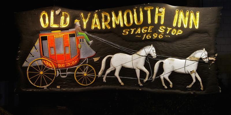 Haunted Restaurants: Old Yarmouth Inn, c. 1696. Yarmouth, Barnstable County, Cape Cod, MA