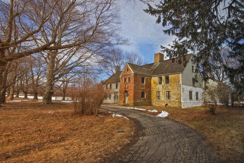 Colonial Era Architecture: Spencer-Peirce-Little Farm Manor House, 1690. Newbury, Essex County, Massachusetts  <