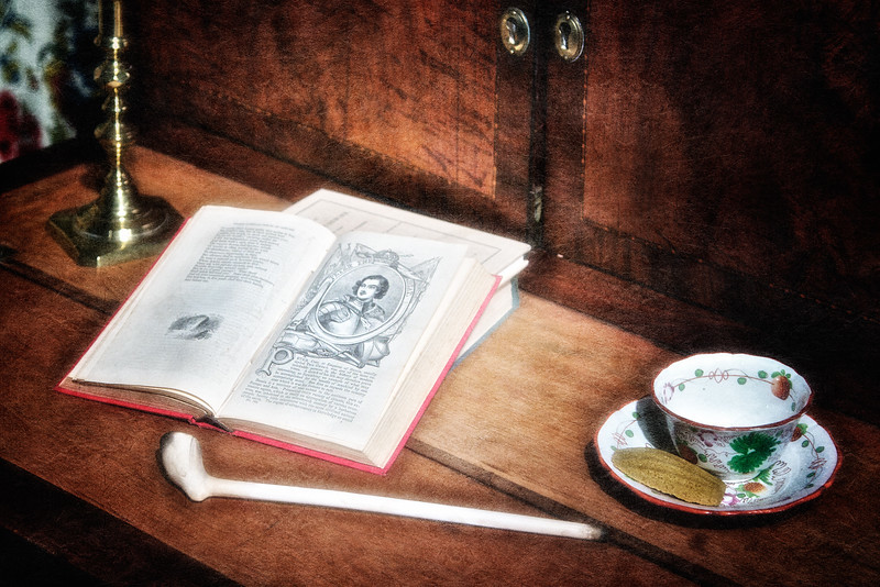 Colonial Era Architecture:  Clay Pipe, Hawthorne First Edition and Tea Cup in the Parlor, The House of Seven Gables, Turner-Ingersoll Mansion, Salem, Essex County, Massachusetts