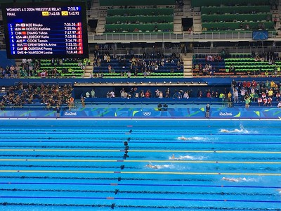 Women's 4x200M Freestyle Relay, Katie Ledecky out front