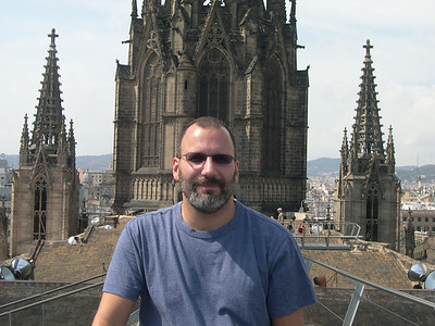 On the roof of the Catedral Barri Gotic