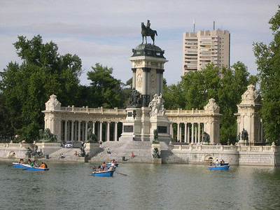Monument of Alfonso XII (1901) facing the Retiro's boating lake