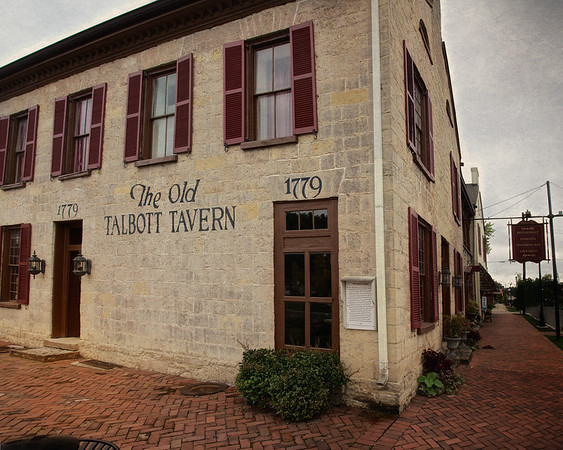 Colonial Era Taverns: Side View, Old Talbott Tavern, c. 1779, Bardstown, Nelson County, Kentucky