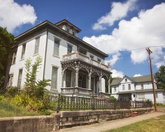 Hannibal Domestic Architecture