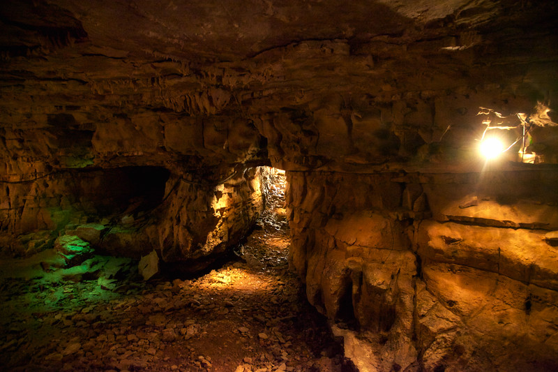 Bell Witch Cave and Cabin, Adams, Robertson, Tennessee