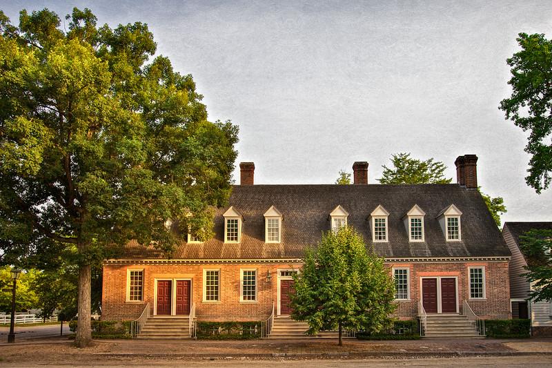 Colonial Era Architecture. Brickhouse Tavern, c. 1760, Reconstructed. Colonial Williamsburg, WIlliamsburg, Virginia