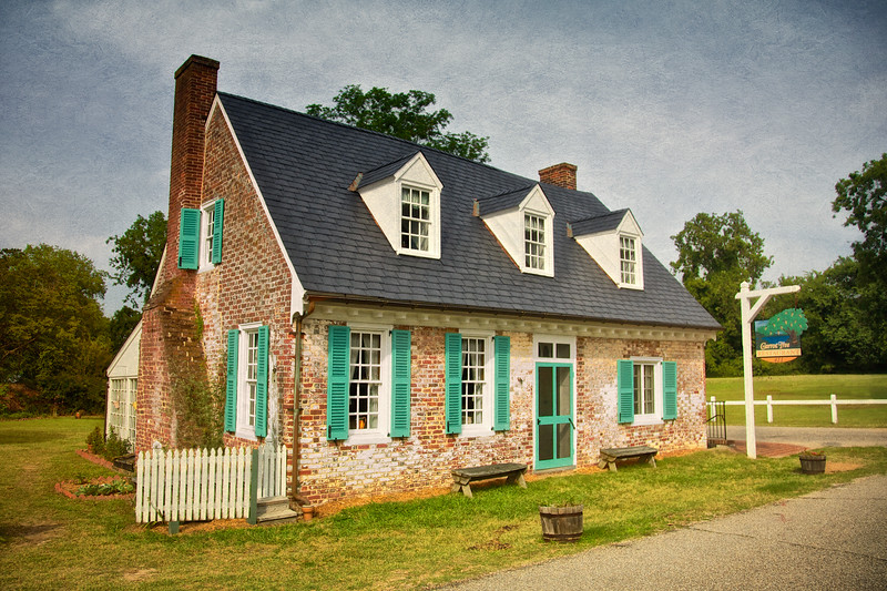 Colonial Era Architecture: Cole Diggs House, c. 1720, Colonial National Historic Park, Yorktown Battlefield, Yorktown, York County, Virginia