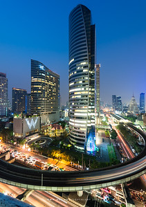 Sathorn-Narathiwas Ratchanakharin Intersection