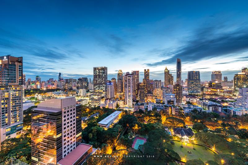 Twilight at Char Rooftop Bar, Hotel Indigo Bangkok