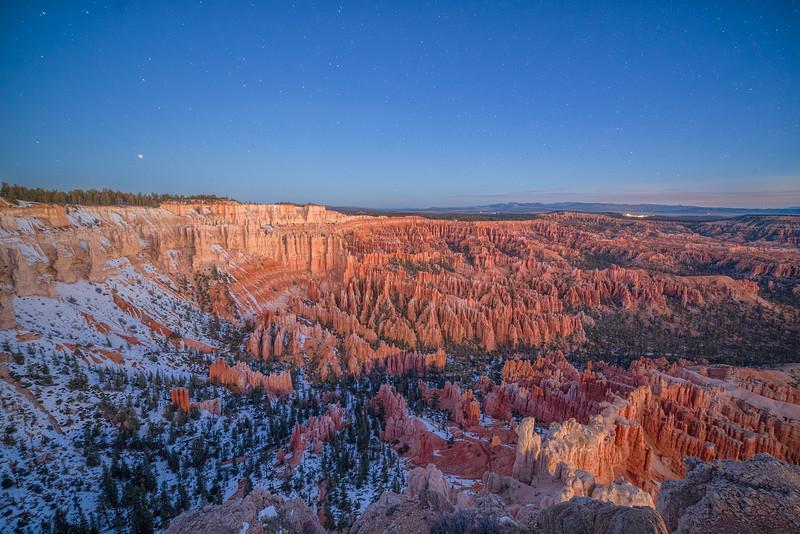 Dawn before Sunrise at Bryce Canyon