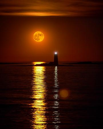 Super Moon Whaleback Lighthouse, Portsmouth, New Hampshire