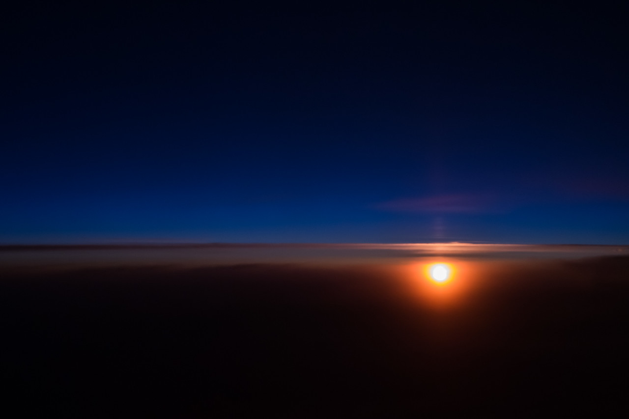 Sunrise from 40000 feet