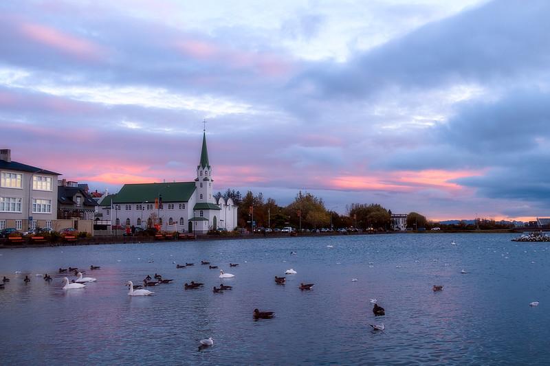 Frikikjan i Reykjavík at sunset