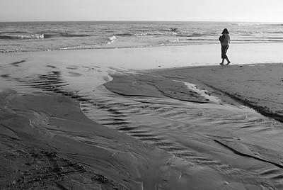 3965 Beach BW