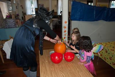 Pumpkin carving with Jana