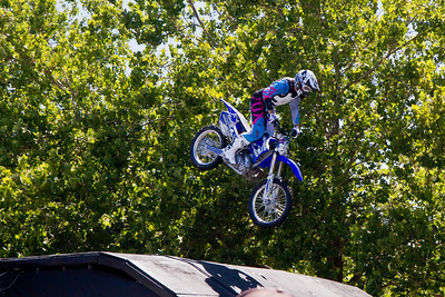 Motocross Landing