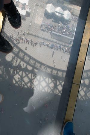...dizzy... transparent floors