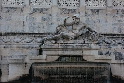 Altera della Patria - Fountain