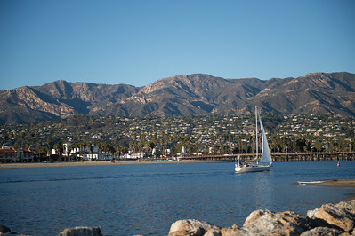 Sailing Santa Barbara Harbor